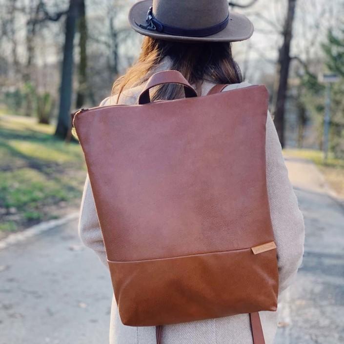 Auf dem Rücken Rucksack Backpack Leder Faserstoff Braun Fair und Nachhaltig