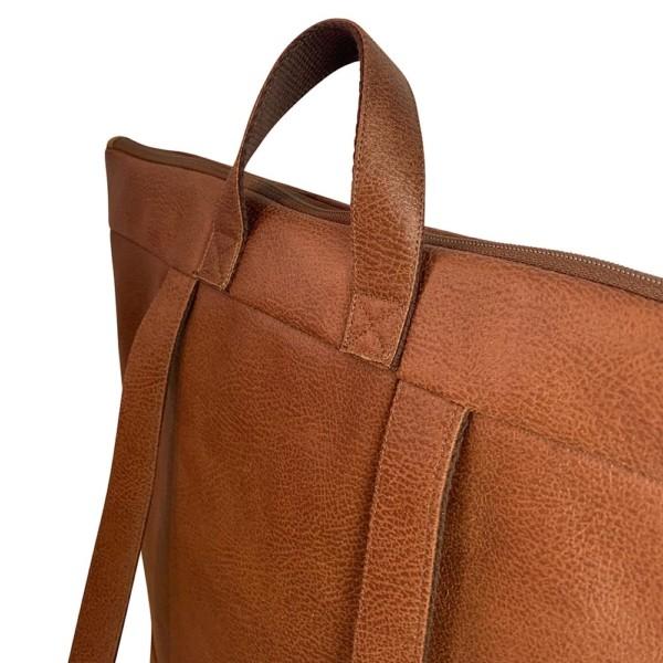 Detailansicht Rucksack Backpack Leder Faserstoff Braun Fair und Nachhaltig