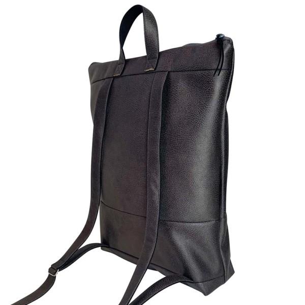 Auf weißem Hintergrund Rucksack Backpack Leder Faserstoff Dunkelgrau Fair und Nachhaltig