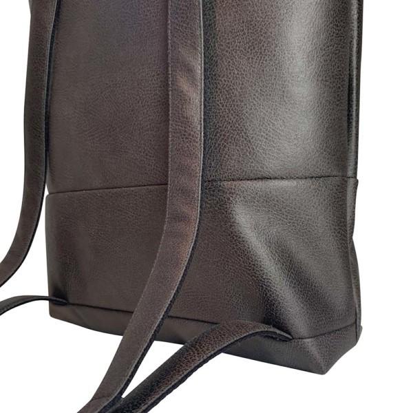 Nahaufnahme Rucksack Backpack Leder Faserstoff Dunkelgrau Fair und Nachhaltig
