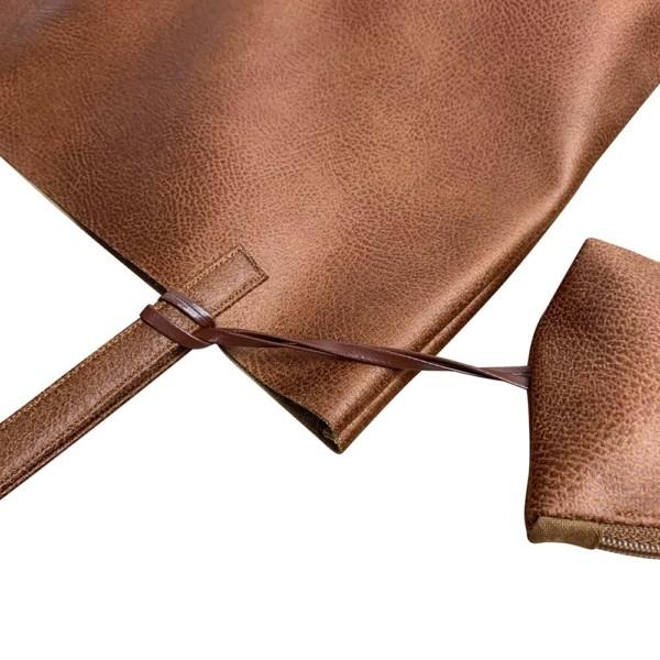 Nahaufnahme Shopper Handtasche Schultertasche Leder Faserstoff Brauntöne Nachhaltig und Fair