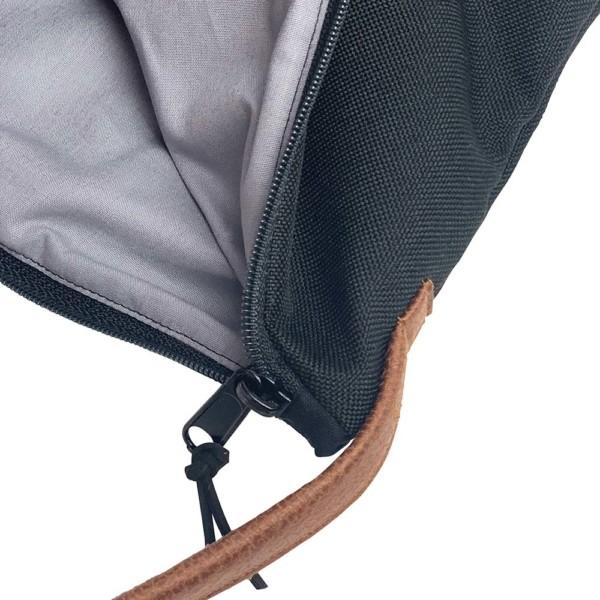 Innenansicht Umhaengetasche Leder Faserstoff Schwarz Fair und Nachhaltig