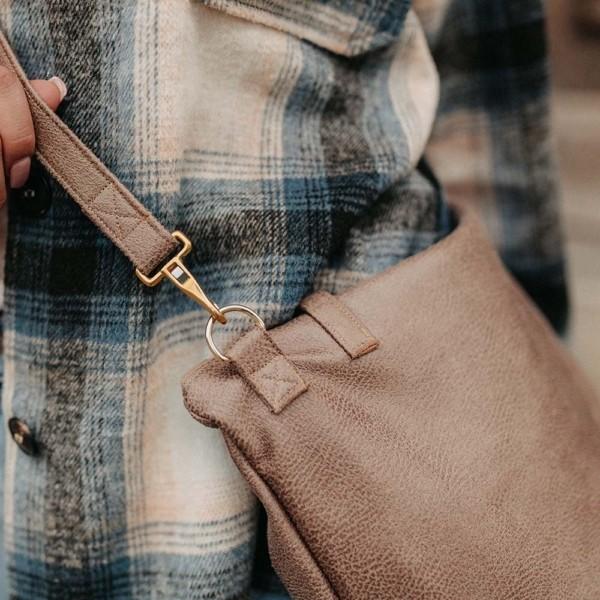 Shopper und Umhängetasche in Hellbraun Detailaufnahme Henkel
