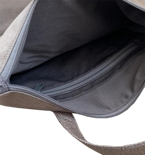 Tagesrucksack Cityrucksack Grau Leder Faserstoff Fair & Nachhaltig auf weißem Hintergrund Innentasche mit Reißverschluss