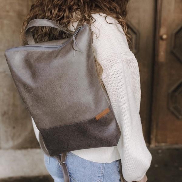 Tagesrucksack Cityrucksack Grau Leder Faserstoff Fair & Nachhaltig auf dem Rücken getragen