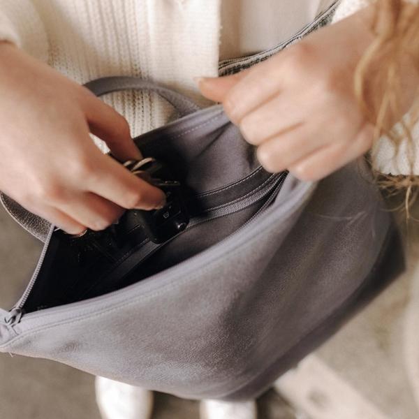 Tagesrucksack Cityrucksack Grau Leder Faserstoff Fair & Nachhaltig Innenansicht