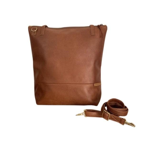 Lederfaserstoff Shopper Braun |Cognac Frontalansicht auf weißem Hintergrund